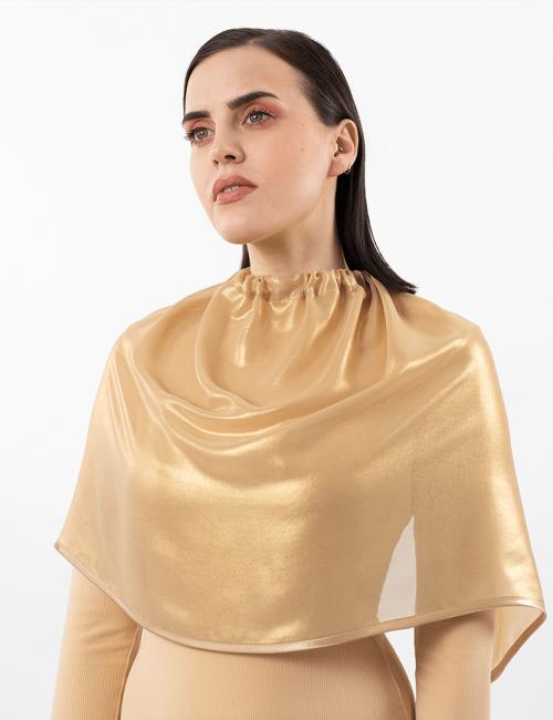 maskup złota peleryna domakijażu